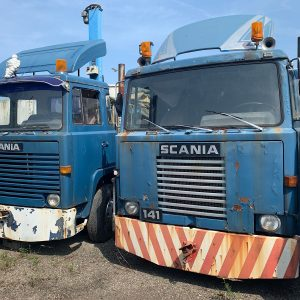 Scania 111 and 141 tractor / Circus Truck