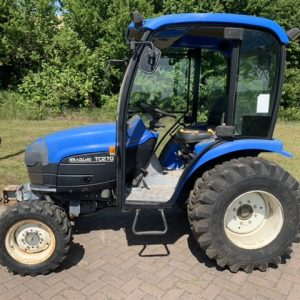 New Holland TC27D / 4×4/ 1023 hours